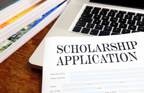 college_scholarship_form