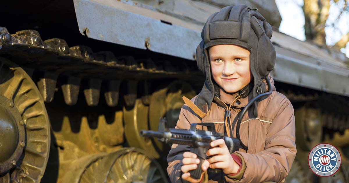 Halloween ideas for children's military costumes. Includes links to how-tos. (2)