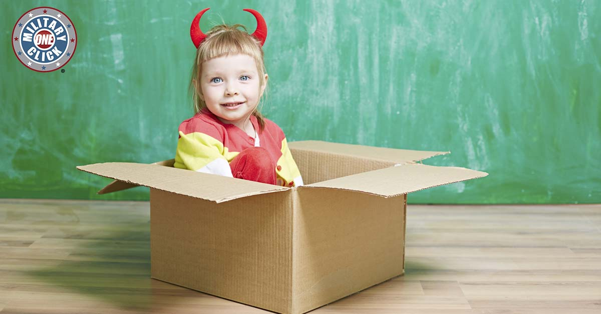 7-diy-halloween-costumes-made-from-pcs-moving-boxes