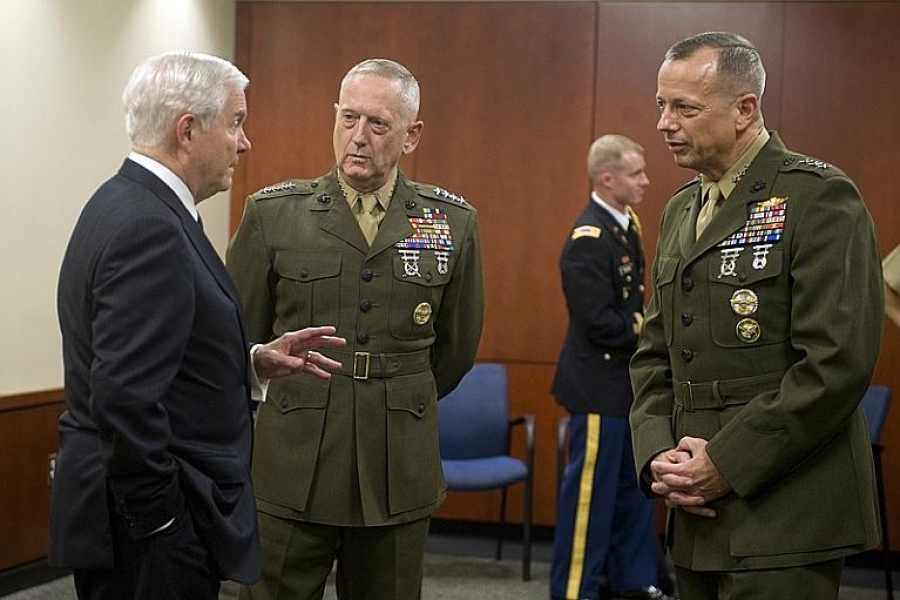 Gen. Mattis between SECDEF Bob Gates and Gen. John Allen, USMC. (Photo: DoD)