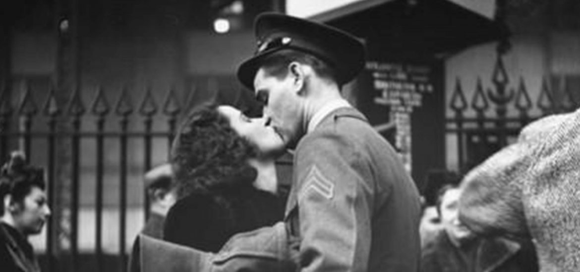 Here are the most romantic military love stories you've never heard of