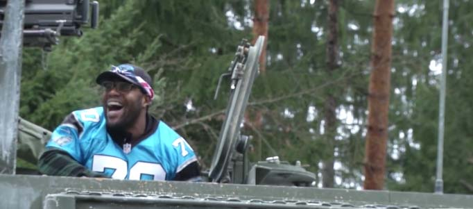 Watch the Carolina Panthers visit troops during a USO tour