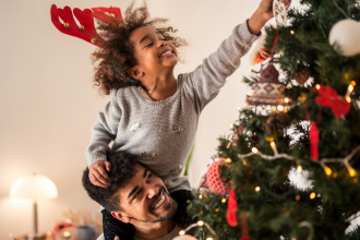 What to Think About Before Visiting Family for the Holidays in 2020
